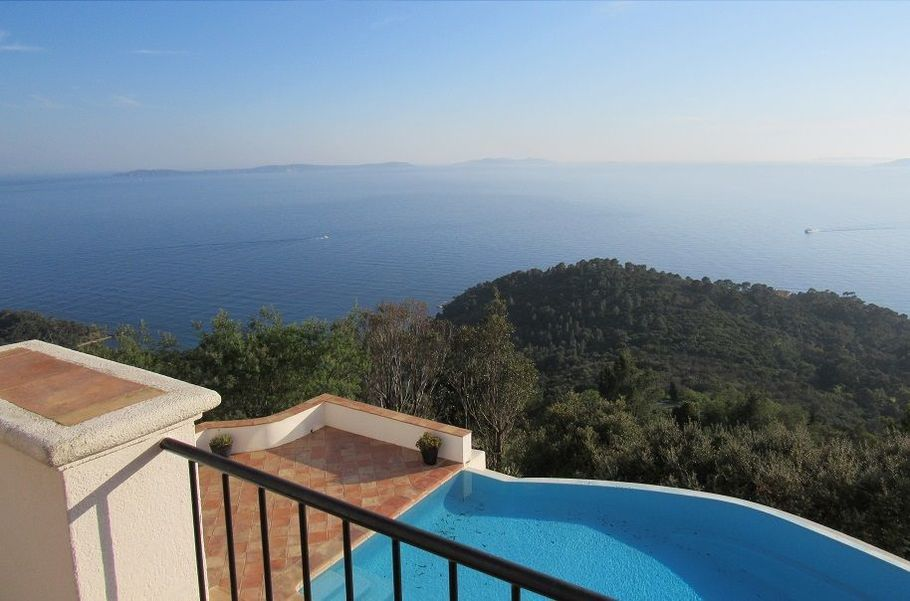 Villa South of France sea view